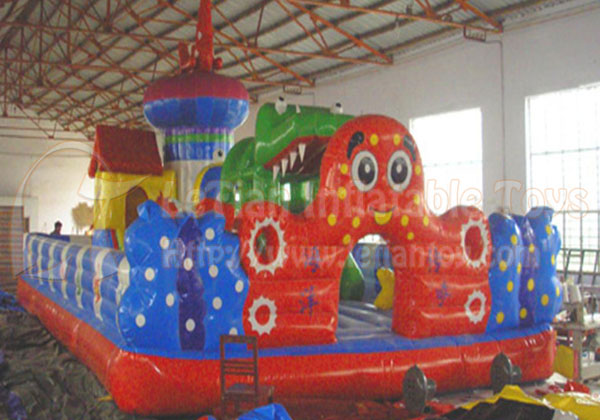 LeTian inflatable bouncer LT-0104040