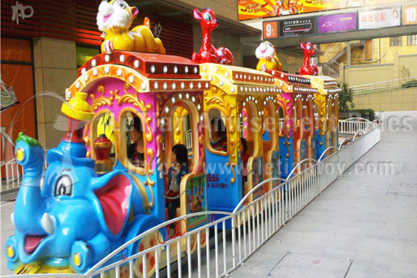 18 Seats Animal Cartoon Train